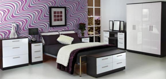 Black and White Gloss Bedroom