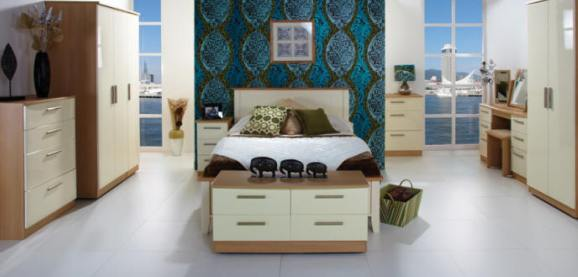 Oak and Cream Gloss Bedroom